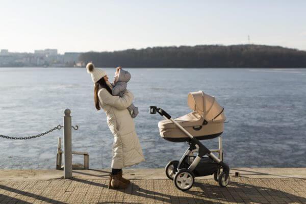 perlengkapan traveling anak