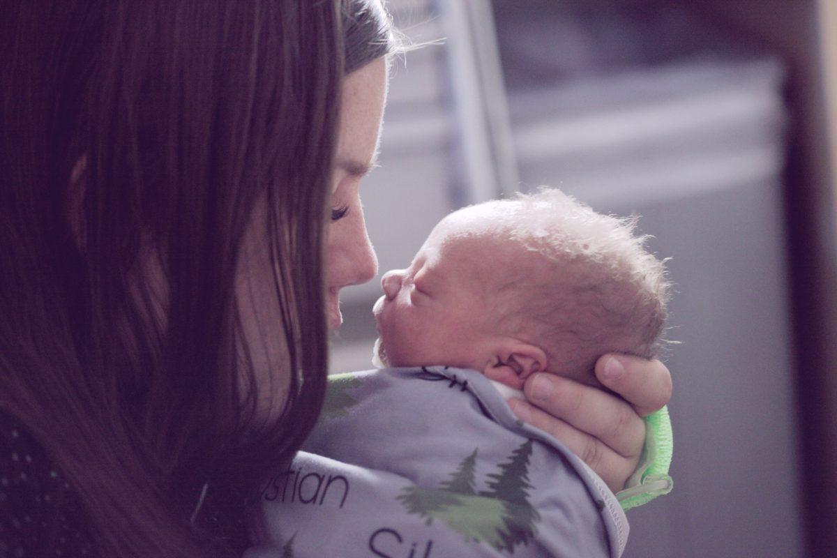 tips memilih gendongan bayi